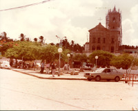 Praça Dr. Castro Azevedo : Igreja Nossa Senhora da Conceição : Coruripe, AL