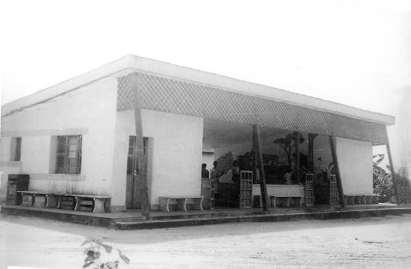 Estação de passageiros do campo de pouso : Cruzeiro do Sul, AC - 1972