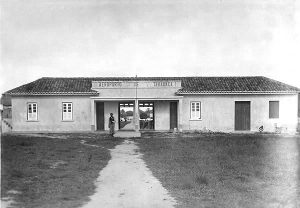 Aeroporto : Tarauacá, AC - [195-?]