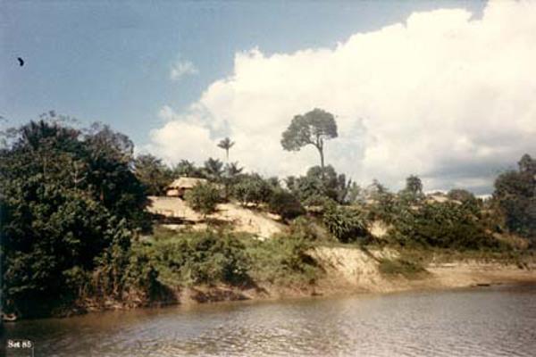 Margem do Rio Juma em Novo Aripuanã (AM) - 1985