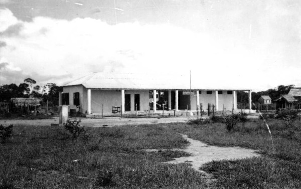 Escola Rural Franklin Roosevelt em Plácido de Castro (AC) - jan. 1953
