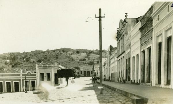 Praça Fernandes Lima : Rua Dr. Miguel Torres : Água Branca, AL - 1949