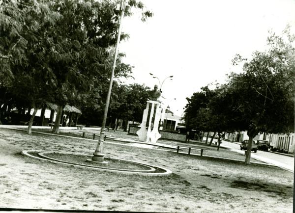 Praça Presidente Médici : Pão de Açúcar, AL - [19--]
