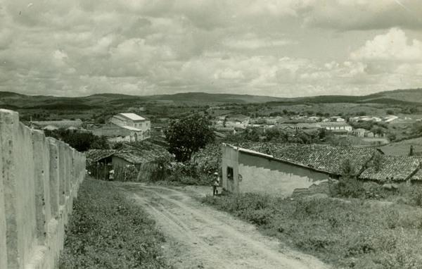 Vista parcial da cidade : Paulo Jacinto, AL - [19--]