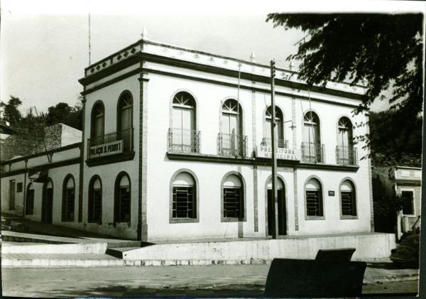 Prefeitura Municipal : Praça Itabira de Brito : Piranhas, AL - [19--]