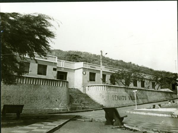 Unidade Escolar Manoel Porfírio : Praça Itabira de Brito : Piranhas, AL - [19--]