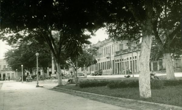 Praça Apolinário Rebelo : Viçosa, AL - [19--]