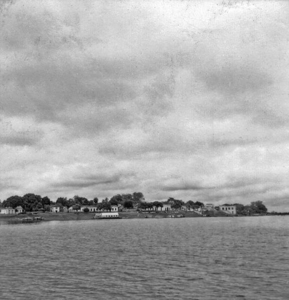 Vista da cidade de Maués (AM) - maio. 1966