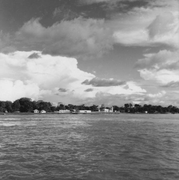 Vista da cidade de Urucurituba (AM) - 1966