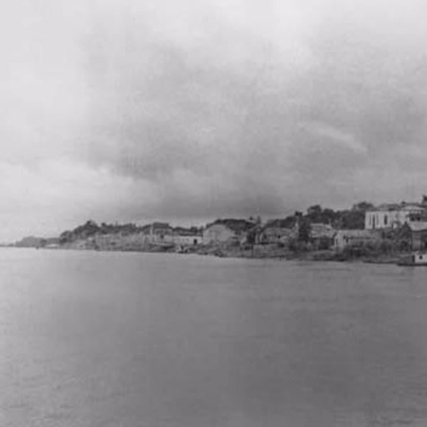 Porto e cidade de Manacapuru (AM) - fev.1966