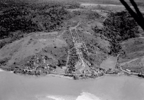 Vista aérea : município de Itapebi - 1953