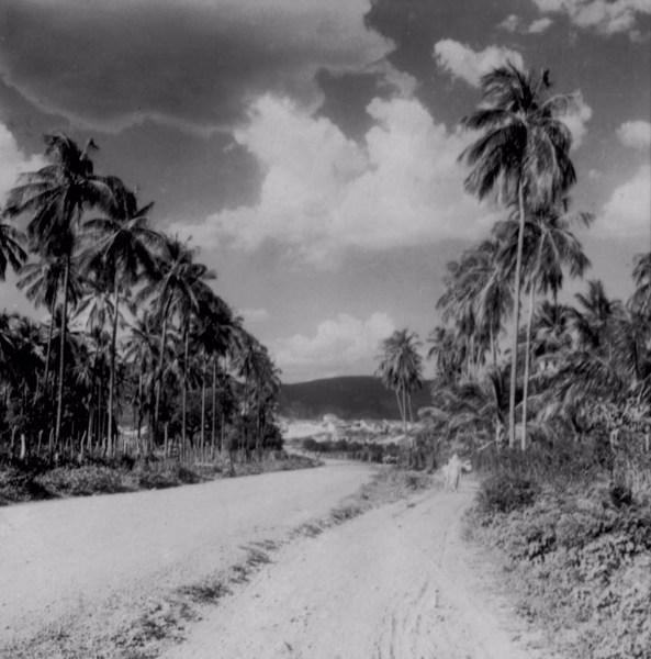 Estrada que liga Rio de Contas a Livramento do Brumado (BA) - fev. 1962