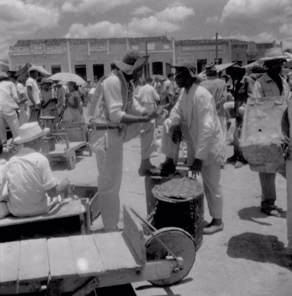 Feira na cidade de Utinga (BA) - fev. 1962