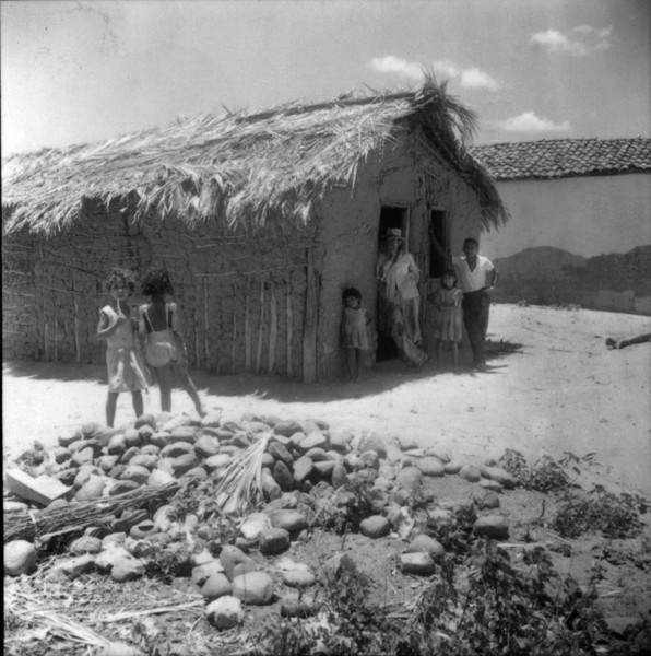 Distrito de Porto Novo na cidade de Santana (BA) - 1962