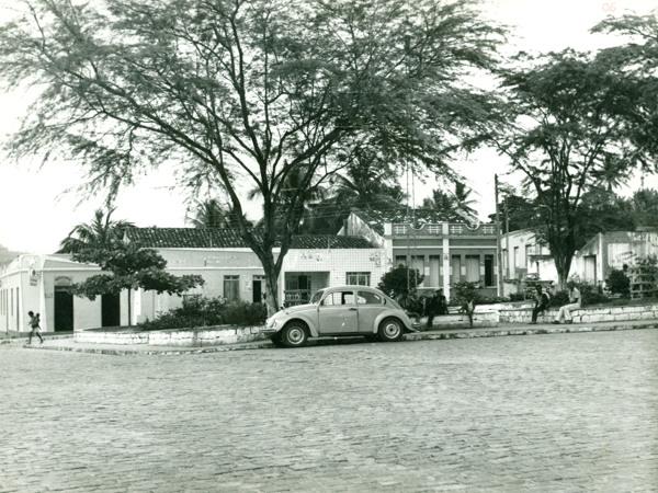 Praça Juracy Magalhães : Aiquara, BA - 1983