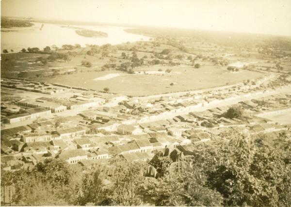 Vista aérea da cidade : Bom Jesus da Lapa, BA - [19--]
