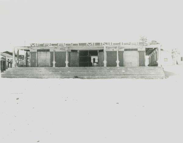 Mercado municipal : Botuporã, BA - [19--]