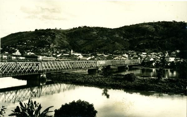 Ponte Dom Pedro II : Rio Paraguaçu : Cachoeira, BA - 1957