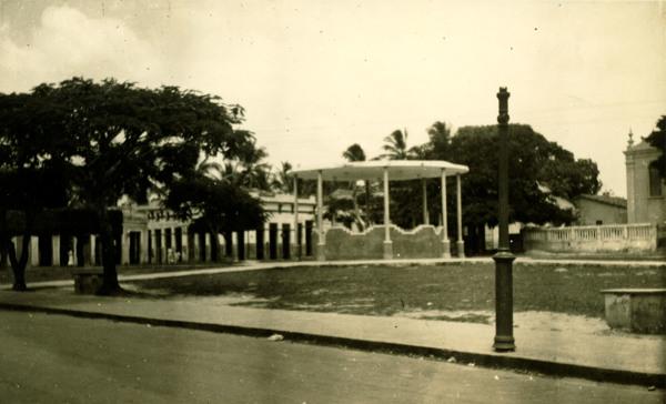 Praça Desembargador Montenegro : Camaçari, BA - 1957
