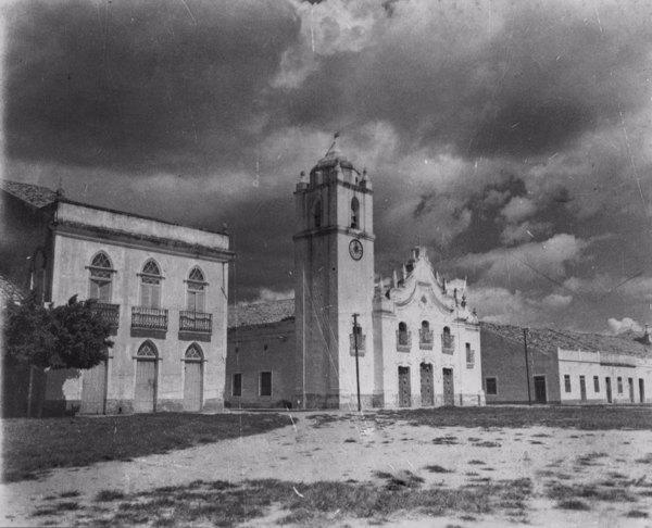 Igreja em Icó (CE) - maio. 1952