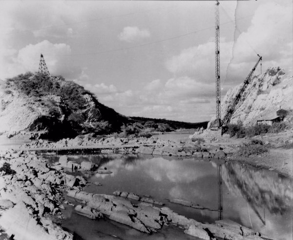 Boqueirão do Jaguaribe na Serra de Orós em Icó (CE) - jun. 1952