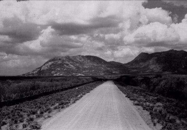 Estrada em Irauçuba (CE) - 1957