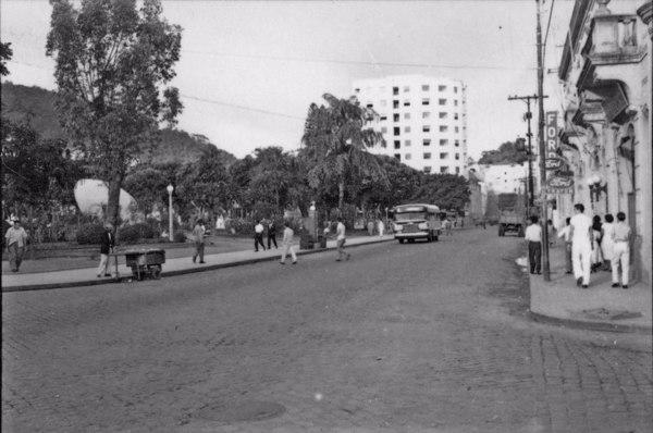 Aspecto de Vitória, vendo-se o parque Moscoso (ES) - 1958