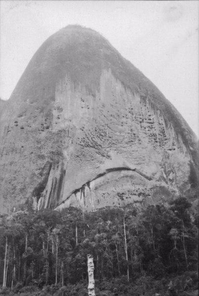 Detalhe da pedra do Camelo (ES) - 1952