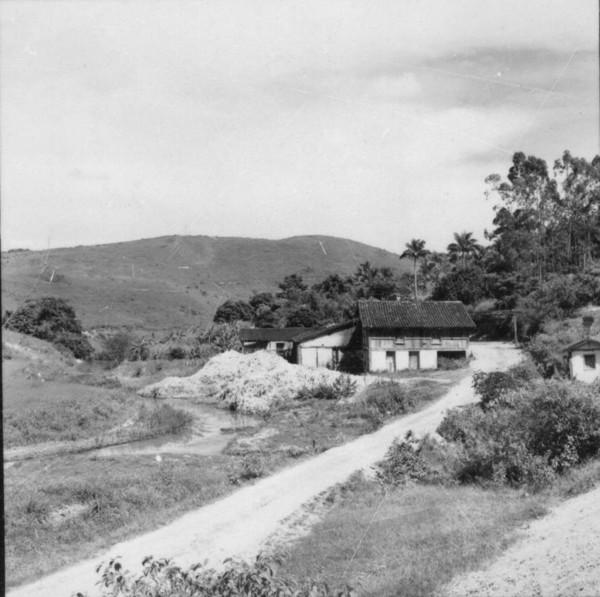 Velho engenho de aguardente - Cidade Bom Jesus do Norte (ES) - 1957