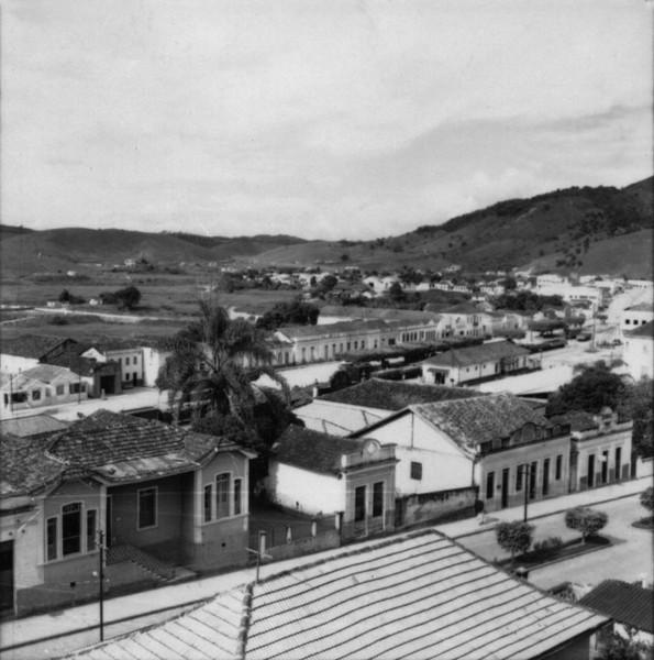 Aspecto da cidade de Guaçui (ES) - 1957