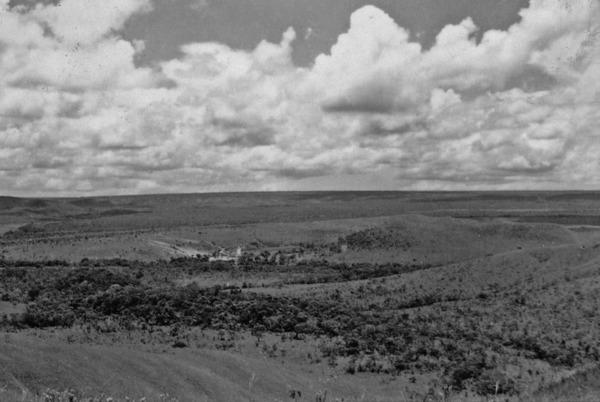 Chapadão perto de Planaltina (GO) - 1957