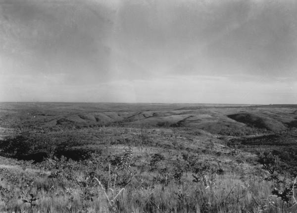 Chapada dissecada próximo do rio Corumbá e Luziânia (GO) - 1954