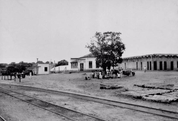 Estrada de ferro na cidade de Codó (MA) - 1957
