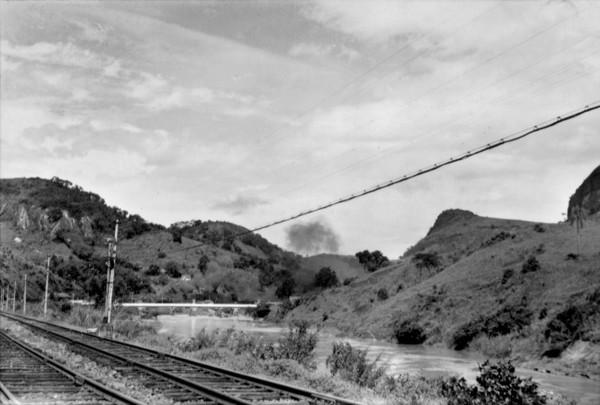 Ponte do Paraibuna : Município de Simão Pereira - 1957