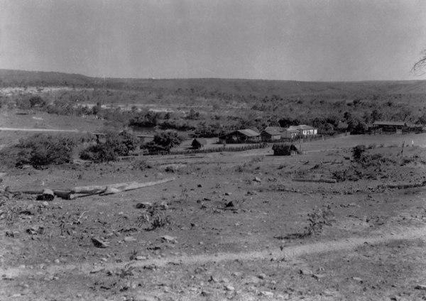 Fazenda de gado na Serra do Repartimento em Pirapora (MG) - 1954