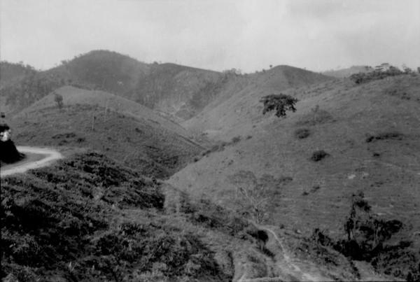 Relevo entre Coroaci e Peçanha (MG) - set. 1952