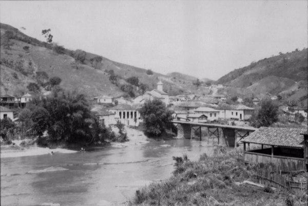Cidade de São Pedro do Suaçuí (MG) - set. 1952