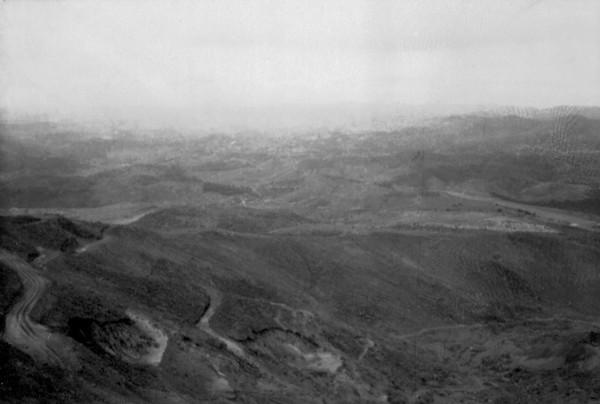 Vista aérea das Jazidas do Cauê : município de Itabira - 1952
