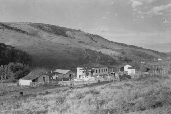 Fazenda do Pião na cidade de Cristais (MG) - 1958