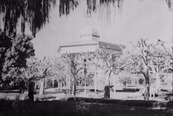 Fonte Dona Leopoldina : Município de Cazambu - 1958