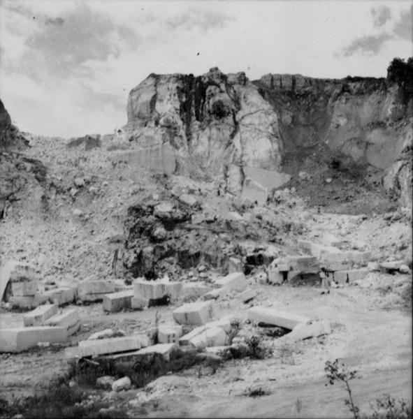 Jazida de mármore em Mar de Espanha (MG) - 1958