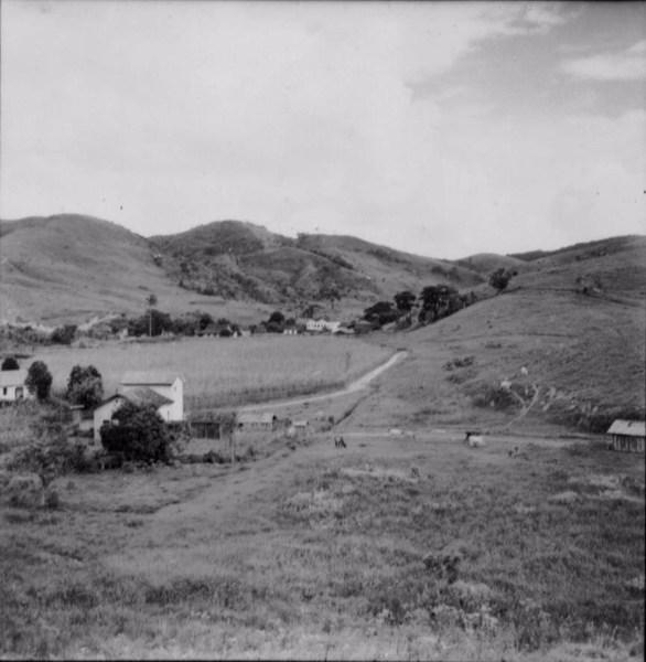 Fazenda de laticínios e café em Além Paraíba (MG) - 1958