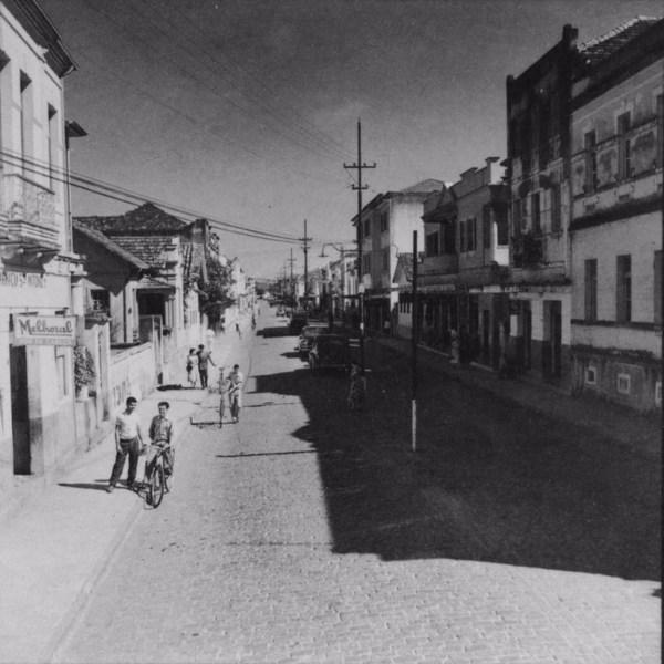 Princiapis avenidas da cidade de Itajubá (MG) - s.d