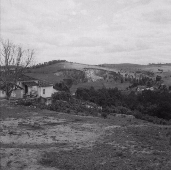Voçorocas em Cruzília (MG) - s.d