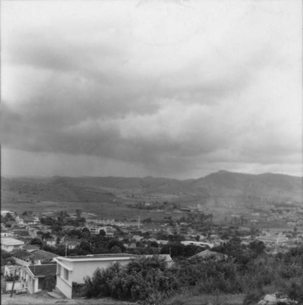 Vista geral da cidade de Itaúna (MG) - 1967