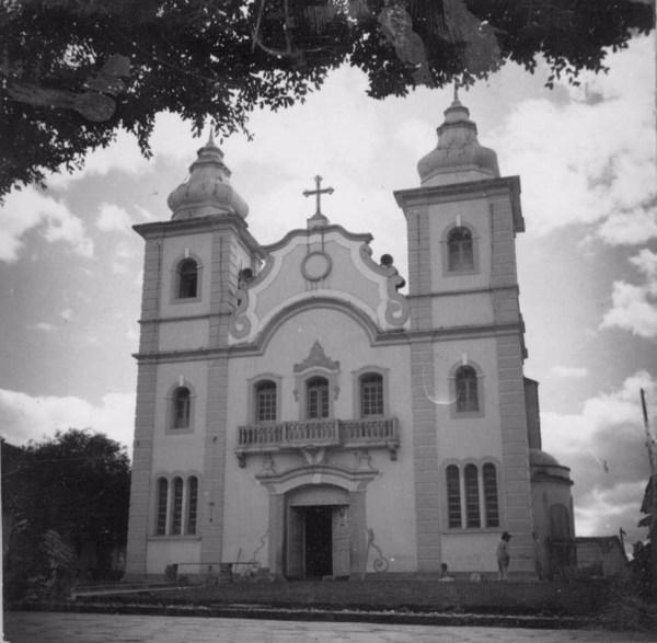 Igreja : Município de Montes Claros - s.d