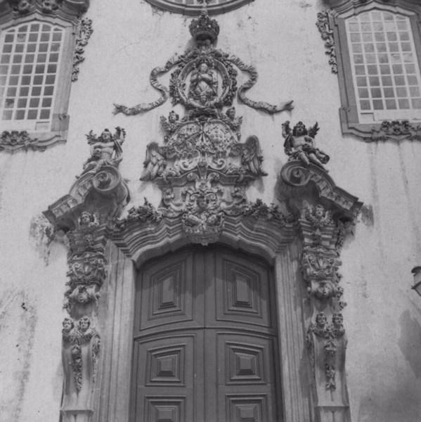 São João Del Rei - Detalhe da Porta de uma Igreja - Minas Gerais (MG) - s.d