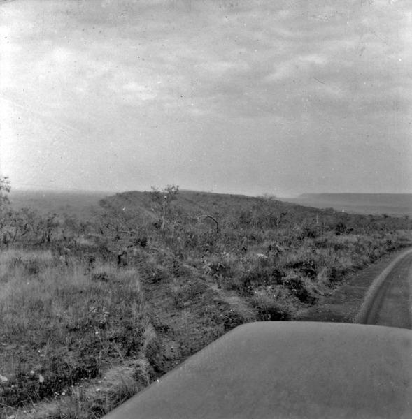 Relevo de cuestas da região de Diamantina (MT) - 1968