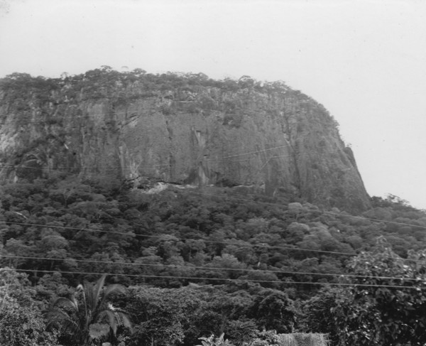 Serra de Piraputanga perto de Aquidauana (MT) - 1952