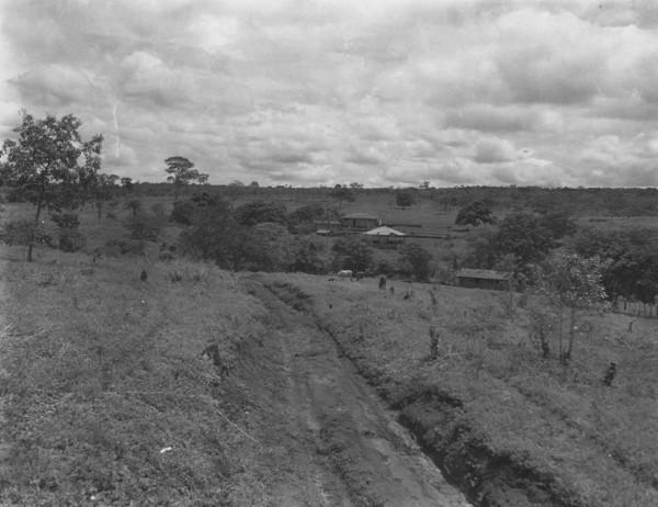 Fazenda Oscarina perto de Campo Grande (MS) - s.d.